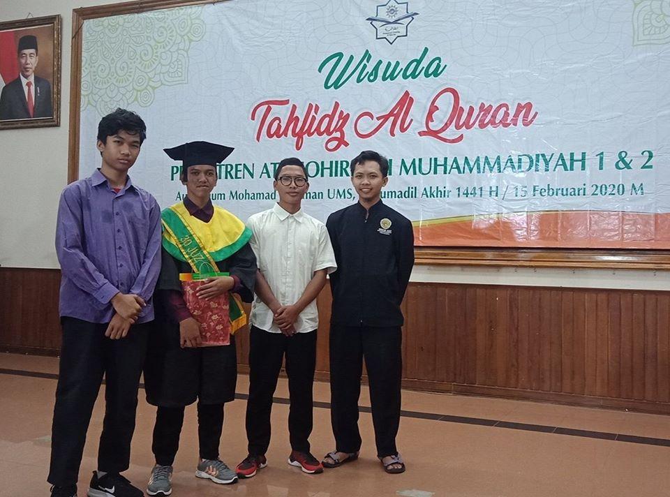 santri MBS Muhiba Yogyakarta hafiz Quran 30 juz